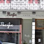 Hotel Pictures: Hotel Cafe Pacific, Brussels