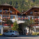 Fotos do Hotel: Ferienwohnungen Knaller-Möd, Weissensee