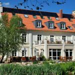 Hotel Pictures: Hotel Gutshaus Parin - Bio- und Gesundheitshotel, Parin