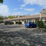 Hotel Pictures: Clarkson Village Motel, Mississauga