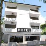 Hotel Chale, Paredes