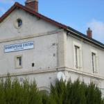 Hotel Pictures: Shakespeare Station, Champagne-sur-Vingeanne
