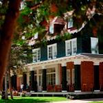 Hotel Pictures: Village Historique de Val-Jalbert, Chambord