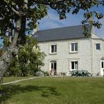 Hotel Pictures: Maryse et Jean-Pierre, Longues-sur-Mer
