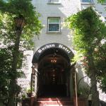 Hotel Pictures: The Buchan Hotel, Vancouver