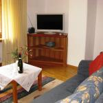 Hotel Pictures: Apartment Bos-cha, La Punt-Chamues-ch