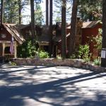 Cozy Hollow Lodge,  Big Bear Lake