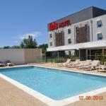 Hotel Pictures: ibis Istres Trigance, Istres