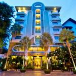 Best Beach Villa,  Pattaya Central