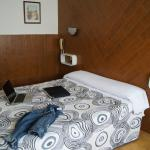 Hotel Pictures: Hostal Sanmar, Figueres
