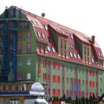 Hotel Pólus, Budapest