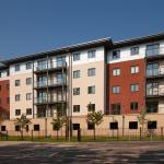 Hotel Pictures: Equinox Place, Farnborough