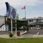 Blue Moon Motel, Niagara Falls