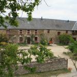 Hotel Pictures: Le Petit Manoir, Servon
