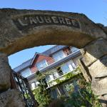 Hotel Pictures: Logis L'Auberge, Sainte Anne dAuray