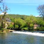 Hotel Pictures: Chambres d'Hôtes du Moulin du Vey, Clécy