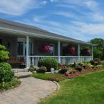 Hotel Pictures: Golden Pathways Retreat B&B, Peterborough