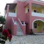 Antigoni's Apartments, Acharavi