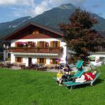 Foto Hotel: Hotel Gasthof zur Wacht, Strobl