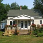 Hotel Pictures: English Country Garden Bed and Breakfast Inn, Indian Brook