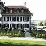 Hotel Pictures: Hotel Schloss Hünigen, Konolfingen