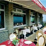 Hotel Pictures: Logis Hotel Du Casino, Vierville-sur-Mer
