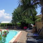 Hotel Pictures: Le Jardin d'Ivana, Oppède