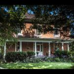 Hotel Pictures: Culverdene House, Simcoe