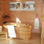 Hotel Pictures: Cabane Perchée, Maure-de-Bretagne