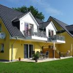 Hotel Pictures: Family Apartments Tom, Ostseebad Karlshagen