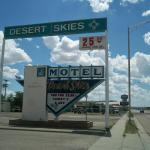 Desert Skies Motel, Gallup