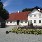 Hotel Pictures: Kvisthoej Bed & Breakfast, Veflinge