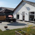Hotel Pictures: Thorupgaard Farm Holiday, Stenum