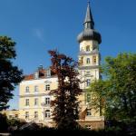 Hotel Pictures: Hotel Schloss Schwarzenfeld, Schwarzenfeld