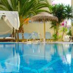 Hotel Zeus, Kamari