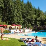Foto Hotel: Camping Parc la Clusure, Bure