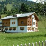 Hotellikuvia: Pension Juliana, Lech am Arlberg
