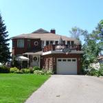 Hotel Pictures: Turtle Gate Vacation Home, Port McNicoll