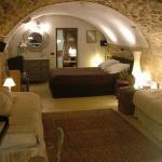 Hotel Pictures: La Villageoise, Rognes