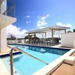 Hotel Pictures: Beach on Sixth, Maroochydore
