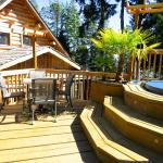 Hotel Pictures: Handsome Dan's at Otter Point, Sooke