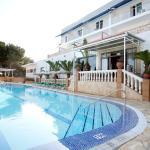 Hotel Pictures: Hotel & Spa Entre Pinos, Es Calo
