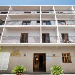 Hotel Pictures: Hostal Sa Rota, Santa Eularia des Riu