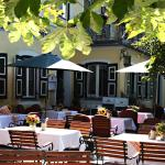 Hotel Pictures: Gasthaus Poelt, Feldafing