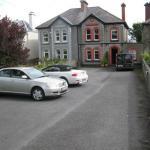 Dun Aoibhinn House B&B,  Galway