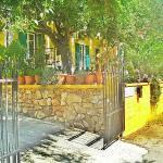 Villa Theodora, Keri