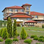 Фотографии отеля: Chateau-Hotel Trendafiloff, Chirpan