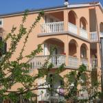 Apartments Dujlovic, Nin