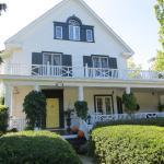 Lakewinds Country Manor, Niagara on the Lake