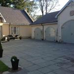 Hotel Pictures: Kellerstain Stables B & B, Ingliston